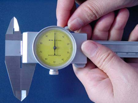 How to use and read a dial caliper
