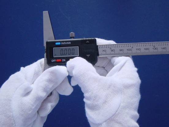 How to use and read a digital depth gauge
